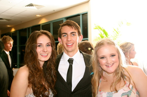 I'm feeling personal. Ha. These are my besties, Nick and Elise. I'm the blonde one in case it isn't obvious. I love them. SO MUCH.