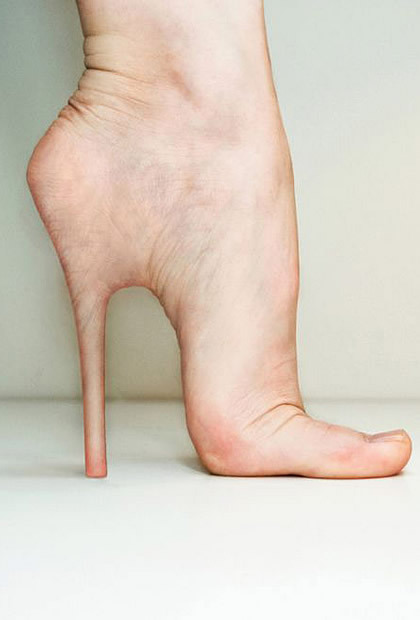 Not shoes, but definitely atypical (via Un implant de stiletto ça vous tente ?)