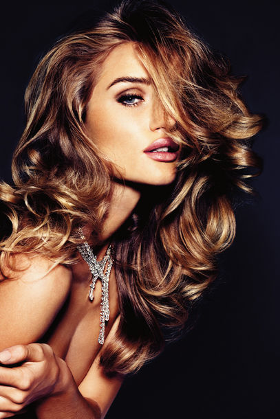 Rosie Huntington-Whiteley in Vogue Germany's November 2011 issue. Gorgeous!