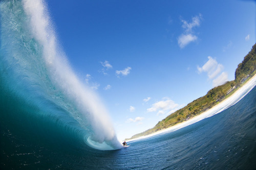 Why we love the ocean! www.mermology.com  danktronik:  beautiful pipeline
