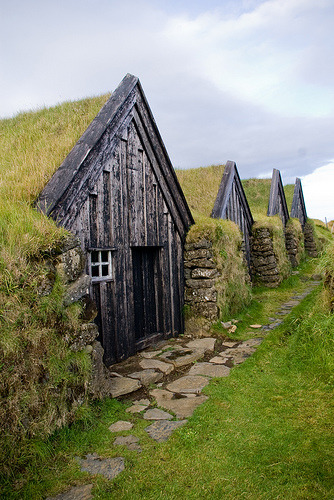 Turf-covered buildings in Keldur, Iceland (by palli gestur)