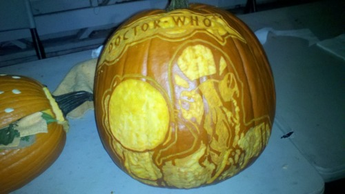 adayinthelifeofkel:  Doctor Who Ood pumpkin.  Doctor Who Pumpkins for Wholloween