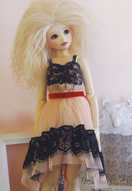 Summer Dusk - ooak by aki ♫ ~ tralala on Flickr.What a cute outfit!