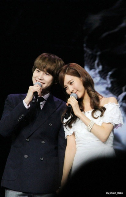 ninechicajung:  SEOKYU WAE SO CUTE ;__________; by: jinian_0604