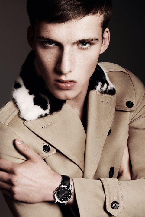 fuckyeahmodelhomme:  Johnny George | Burberry FW11