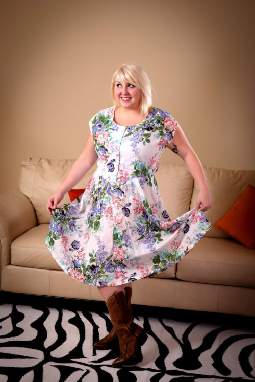 Curvy Candy Vintage!NEW on TOH