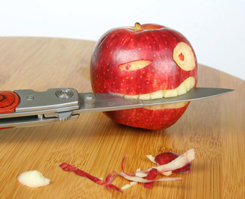 coolbehindthelens:  APPLE-A-DAY BY DOCTOR GUS