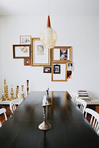 undecorate:  A new take on a gallery wall (via @decor8)