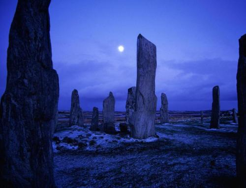 Callanish Stones by night, Isle of Lewis, Stornoway, Scotland (via uploaded by volker)