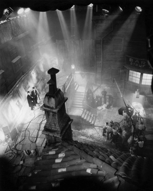 Rooftop view of the filming of Dr. Jekyll & Mr. Hyde (1931, dir. Rouben Mamoulian) & art director Hans Dreier's studio recreation of the gas-lit streets of Victorian London. Photo by Gordon Head (via)