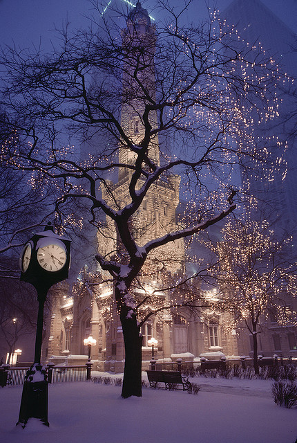 bfornow:  Chicago in Snow by josullivan.59 on Flickr.