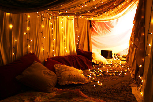 boho-serendipity:  makes me want to build a fort.