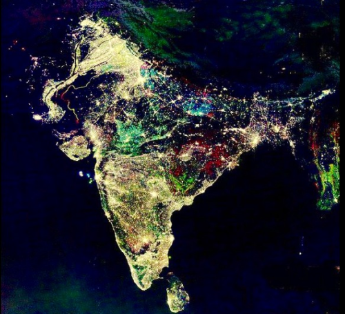 1d-fangirl:  onedirectionxo:   This is a photo of India, taken 12 hours ago by NASA. Today is their festival of lights; Diwali Isn't it gorgeous?  dis is bootiful   oh ma gawd