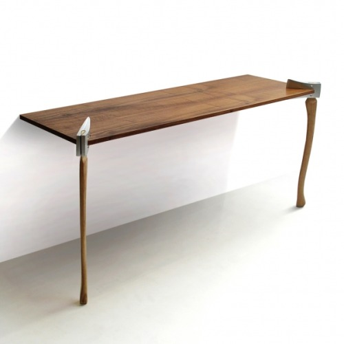 yuramaro:  Woodsman table.