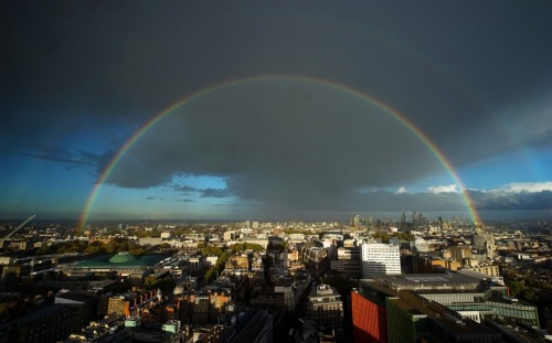 thedailywhat:  Rainbow Chaser of the Day: Double rainbow all the way across the skies above central London. October 26, 2011. [leon.neal via photoblog.]