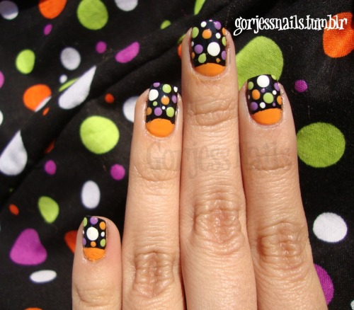 thenailbank:  cute!!!! Another 'something awesome' done by gorjessnails, follow her if you haven't already!