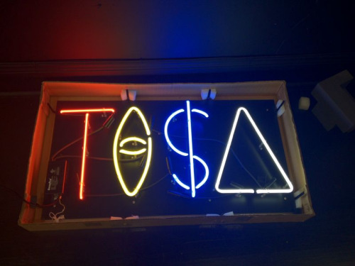 junkmania:  TI$A LIGHT$ ! #junkmania