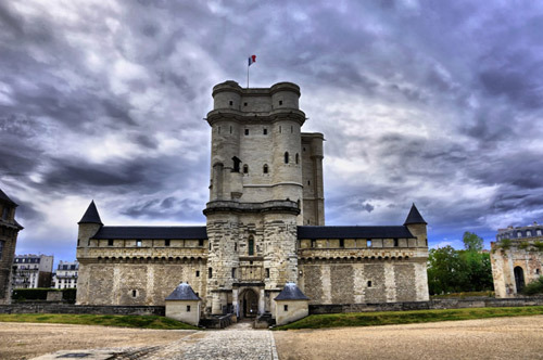 middleagesrhapsody:    Château de Vincennes Built: c. 1340-1410 by Charles V of France