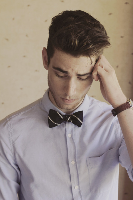 oxford shirt and that bow tie. my style.