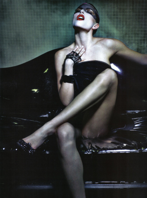 Vogue Italia, March 2010, couture supplement (+) photographer: Steven Klein Rie Rasmussen // clockworklychee:ehlers-danlos