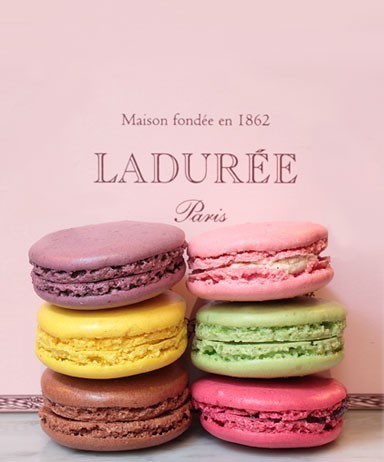 I bought some of these when i went to Paris last month.. YUMMM :)