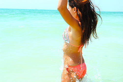 bikini-bliss:  ☀Want summer all year round? Follow me: bikini-bliss for summer all day everyday! I FOLLOW BACK SIMILAR, and make banners, icons and backgrounds ☀