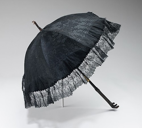 omgthatdress:  Parasol Dupuy, 1885-1890 The Metropolitan Museum of Art
