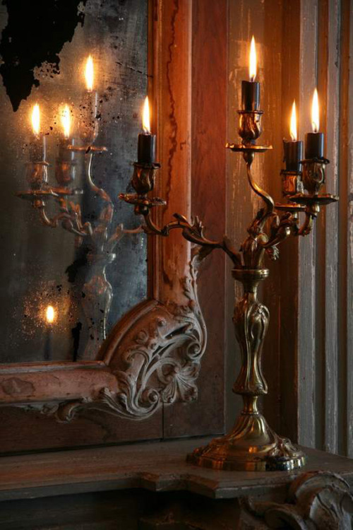 Rust Above image: ANTIQUES AND INTERIORS Arcobaleno