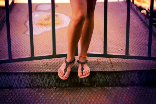 "My legs, taken by ""voyage-etonnant"""