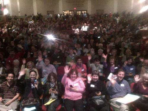 Check out this crazy photo of a high-turnout Elizabeth Warren volunteer meeting in Framingham, Mass.