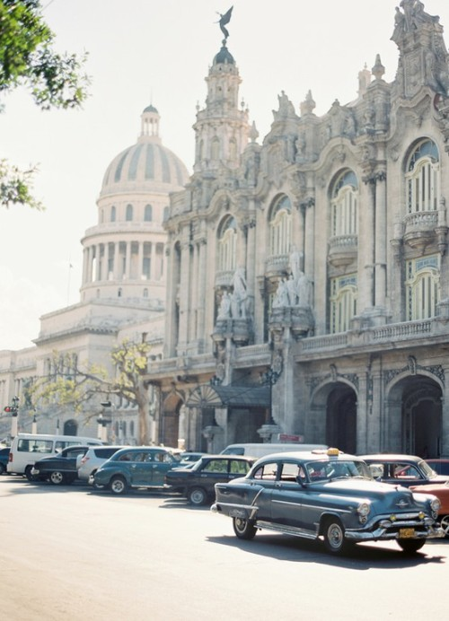 Havana, Cuba (via My Travelogue )