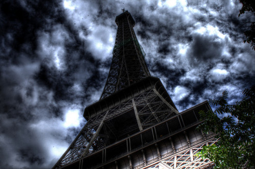 Eiffel tower by Skornjr on Flickr.