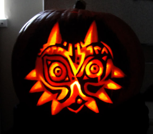 herestogreg:  this automatically puts any jack-o-lantern to shame