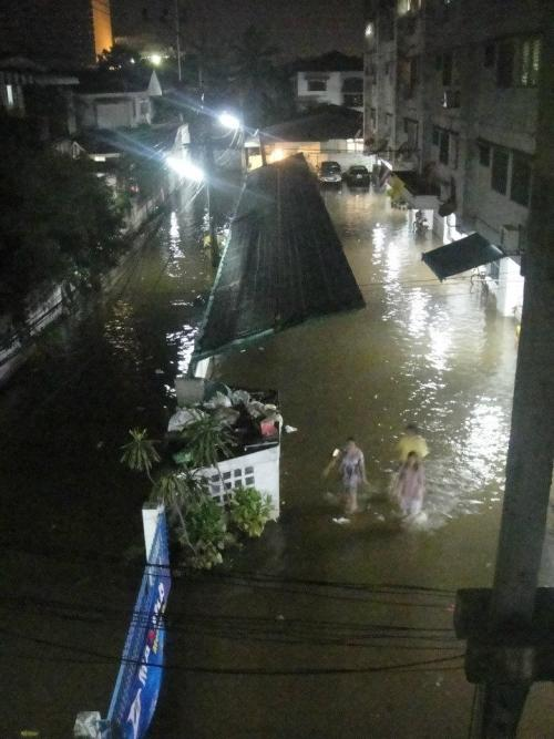 This photo was taken last night from the window of my condo in Bang Kruai neighborhood in Bangkok.