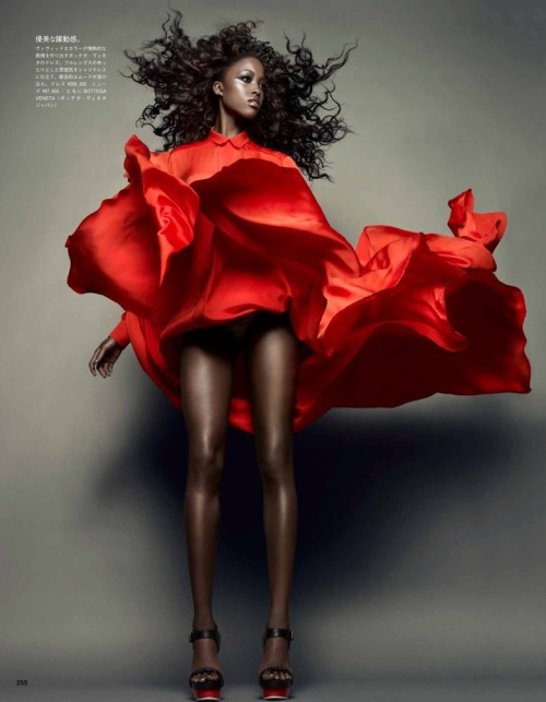 fashion-ocd:  Nyasha Matonhodze by Sølve Sundsbø (Movement and Shape - Vogue Japan November 2011)