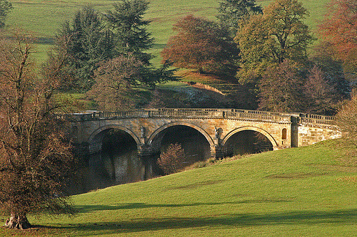 allthingseurope:  Autumn at Chatsworth House, England (by ashton_martin)