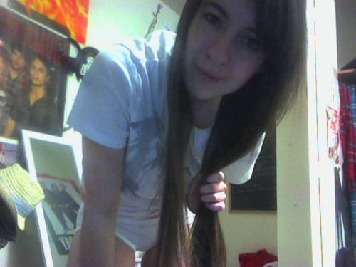 Oh bawls my hair is long x.x