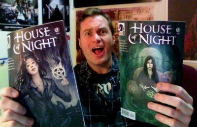 pizza-party:  House of Night comics: They totally exist! They've been printed and I've held them in my hands! Get ready, HoN fans! You are gonna love this book!