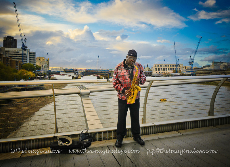 MusicianBusker - Millenium Bridge, London - October 2011