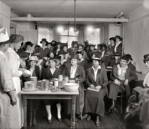 "Washington, D.C., circa 1918. ""Food Administration War Kitchen, 926  McPherson Street."" National Photo Company Collection glass negative. View full size."