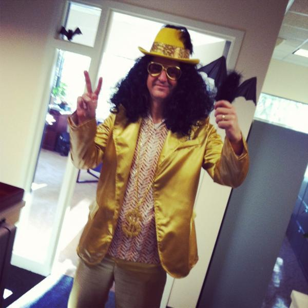 Check out President & COO Budge Huskey joining in on the Halloween festivities at the Coldwell Banker headquarters. Wishing you all a safe and Happy Halloween weekend!