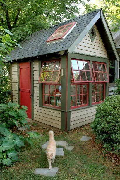 This is a backyard garden shed… too sweet! (via garden shed hall of fame)