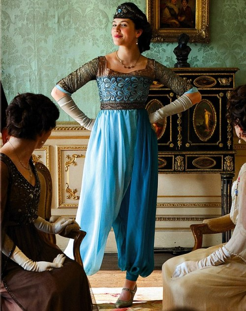 oh-hey-babe:  Lady Sybil, the Downton Abbey's liberated lady-babe.