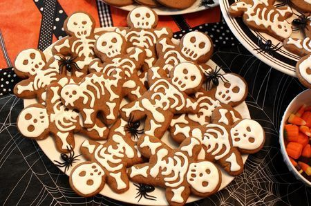 Make Gingerbread men and ice them as skeletons