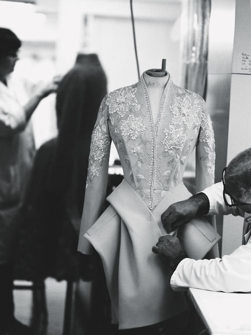 Making Dior Haute Couture