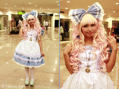 lolistein:  Alice 2.0 (by Vanessa Lopa) Decided to wear my very first creation again! Switched the shoes and wig, and added a necklace for detail. <3 I think this shot also shows off the blend of GLW's Strawberries and Cream 2G a little better. :) ———————————- Photo credits: taken by Venus Lopa ———————————- Facebook || LOOKBOOK.nu || YouTube || Cosplay Blog || Who is Lolistein?  I'm rather proud of this OP. One of my favorites for being photographed, but not my favorite for wearing. XD