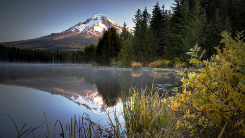 landscapelifescape:  Trillium Lake, Oregon, USA  (by The Flannel Photographer )