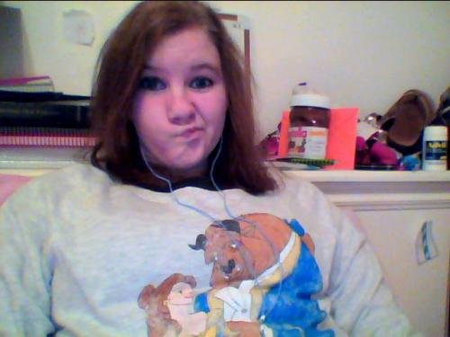 just chillin' in my new batb sweatshirt whateva whateva you wish you were this cool