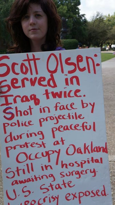 Rachel Ayers in solidarity with Scott Olsen from Occupy Oakland