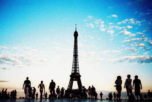 Eiffel Tower sunset by jonathanworth on Flickr.